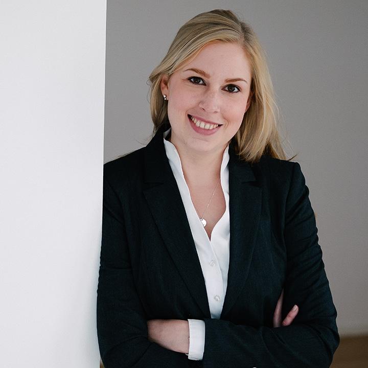 Annika Hoffmann Consultant